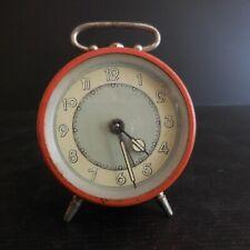 Réveil horlogerie mécanique vintage art déco 1950 France design XXe N4386