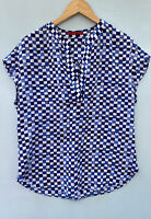 CH Carolina Herrera Shirt 6 Blue White Silk Blouse V Neck Top Grid Plaid