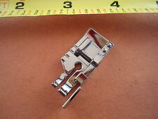 "1/4"" Snap-On Quilting Patchwork Foot w Guide  Singer Simple 3116 2263 3221 3223"