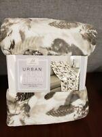 "New Life Comfort Urban Plush Brown Leaf Design Throw Blanket 60"" x 70"""