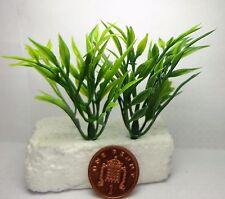 1:12th Miniatures Plastic Plants B x 2 Dolls House Miniature Garden Accessory
