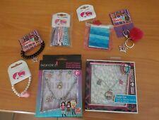 Lot 7 accessoires NEUF bracelet porte clé élastique Monster High  Chica Vampiro