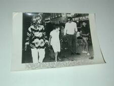 JANE FONDA et ROGER VADIM acteur  à St TROPEZ Var photo photographie