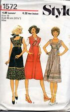 70s Style Sewing Pattern 1572 Misses Square Neckline Dress Size 10