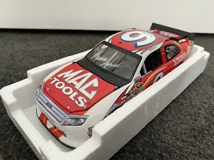 Lionel 1/24 Ford Fusion NASCAR #9 Mac Tools Signed Edition 2012 - Marcos Ambrose
