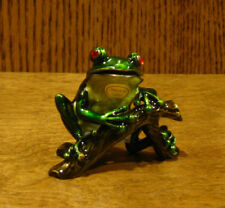 Jeweled Trinket Box #J990 FROG on BRANCH, NEW/Box by Welforth, From Retail Store