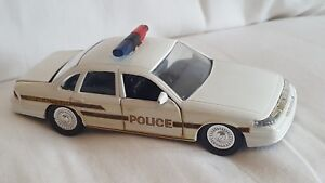 Road Champs Perrysburg Township Police  Diecast Vehicle 1:43 Scale 1997