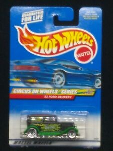 Hot Wheels 2000 #026 '32 Ford Delivery Circus On Wheels Series #2/4 Cars HW