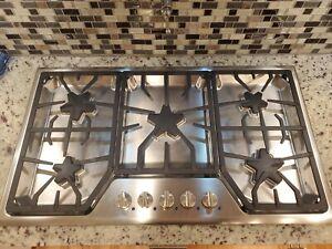 "Thermador 36"" gas cooktop SGS365FS 5 burner cook top"