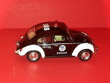 KINSMART 1967 VOLKSWAGEN CLASSICAL BETTLE POLICE CAR PULL BACK ACTION SCALE 1:32