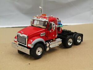 First Gear Viper red Mack Granite daycab tractor new no box 1/50