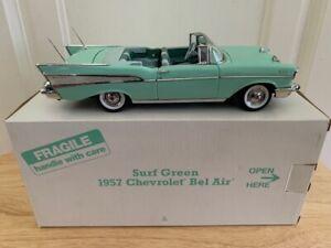 RARE Danbury Mint 1957 Chevy Bel Air Surf Green 1/24 Diecast Car