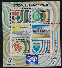 1990 Italia Repubblica Foglietti Calcio sovrastampato FIFA (10.000 esemplari)