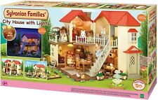 Sylvanian Families 2752 Autre Stadthaus mit Licht, Puppenhaus, Mehrfarbig, 105