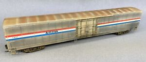 Walthers HO Amtrak Materials Handling Car (MHC) weathered
