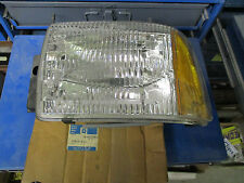 NOS GM Headlight Assembly LH / FOR 1995-97 CHEVROLET BLAZER GM 16522963
