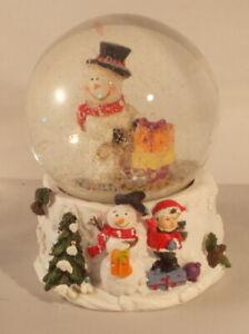 Christmas Fun Snowman medium snow globe 9.5cm x 8cm type B