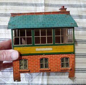 VINTAGE HORNBY 0 GAUGE No 2 SIGNAL CABIN - GREEN ROOF