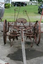 Antique  Horse Drawn John Deere Cultivator Disk   NICE!