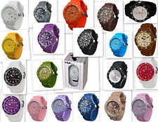 FILA Unisex Armbanduhren aus Silikon/Gummi mit Datumsanzeige