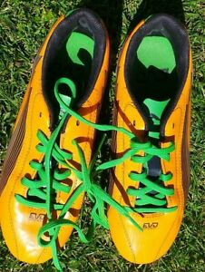UK. SIZE 2 BOYS PUMA DUOFLEX ORANGE FOOTBALL BOOTS  NO BOX