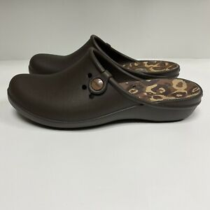 Crocs Brown Leopard Tully ll Clog Slip-on shoes Sz 11 NEW