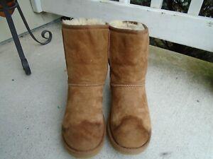 Womens UGG Australia 5825 chestnut classic short winter boots sz 6