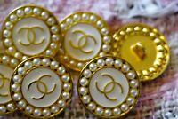 100% Authentic Chanel Buttons logo cc 💋💋💋 6 pieces 20 mm 0,8 inch pearls