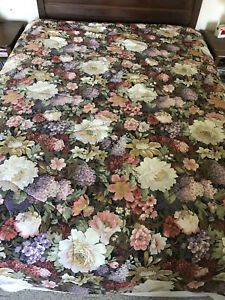 Vintage Floral Reversible Comforter Queen French Country Bedspread Trimmed