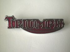 MOTORCYCLE PIN BADGE 'TRIUMPH SCRIPT' RED MOTORBIKE LAPEL BADGE - BG47F