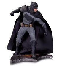 DC Collectibles Batman vs. Superman: Dawn of Justice: Batman Statue NO TAX