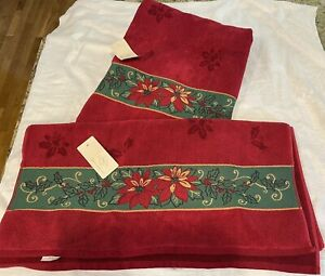 NWT LENOX Red Holiday Poinsettia Christmas Holiday SET of 2 Cotton BATH TOWELS