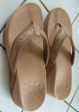 2 Vionic Thong FlipFlop Wedge 5.5   Cole Haan Red Sandal Wedge Thong  2 PAIR LOT