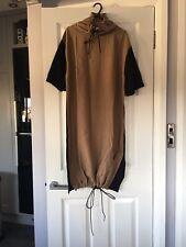 Zara Contrasting Dress Size M