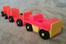 vintage fisher price little people luggage cart. item96p