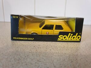 SOLIDO MODELS - VOLKSWAGEN GOLF MKI - YELLOW - 1/43 SCALE MODEL CAR - 1019