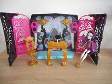 Monster High Spectra Vondergeist Party Lounge (13 Wishes ) only 1 doll / poupee