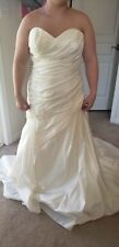 Venus Ivory A-Line Sequin Wedding Dress Gown Sz 16