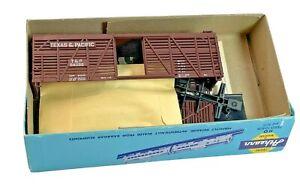 HO Vintage Athearn Texas & Pacific 24099 Stock Car Kit in Original Box