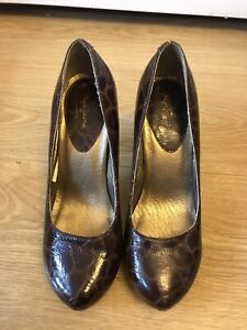 Pepe Jeans high heeled round toe court shoes Size 4(37)