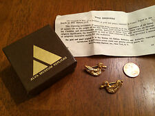 Vintage Egyptian Revival Gold Duck Ornament Scatter Pins - Brooches  Alva Museum