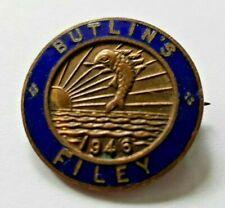 More details for vintage butlins holiday camp enamel pin badge filey 1946 - british holidays -