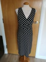 Ladies KALEIDOSCOPE DRESS Size 10 Black White Wiggle Pencil Stretch Party