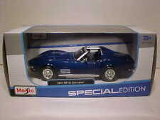 1970 Chevy Corvette Stingray T-Top Die-cast Car 1:24 Maisto 7.75 inches Blue