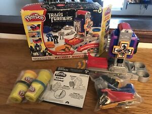 NEW Play Doh Transformers Dark Of The Moon Autobot Workshop