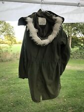 Post Vietnam War Fishtail Parka,parka Liner, And Hood (Large) all (3)pieces.
