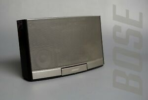 Bose SoundDock Portable Digital Music System - Black, Rechargeable Battery. VGC