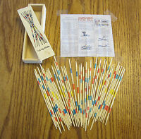 1 SET OF NEW WOOD PICK UP STICKS WITH WOODEN BOX PICK-UP MIKADO SPIEL GAME