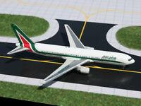 Gemini Jets GJAZA913 Alitalia Boeing 767-300 EI-CRM Diecast 1/400 Model Airplane