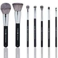 Pinkzio Makeup Brush Set 7 Piece Set For Face & Eyes Luxurious Soft Makeup Brush